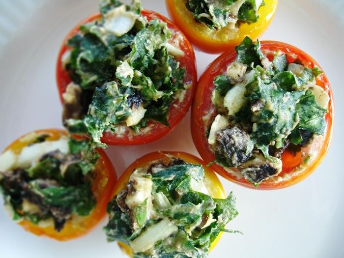 PLNENÉ RAJČINY (rajčiny, špenát, huby, červená paprika, jarná cibuľka...)