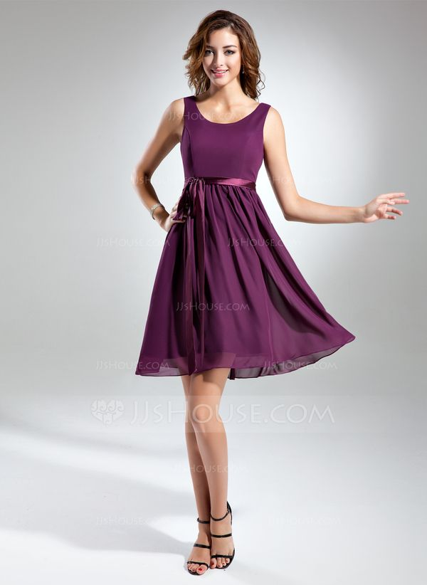 A-Line/Princess Scoop Neck Knee-Length Chiffon Charmeuse Bridesmaid Dress With Sash Bow(s) (007015498)
