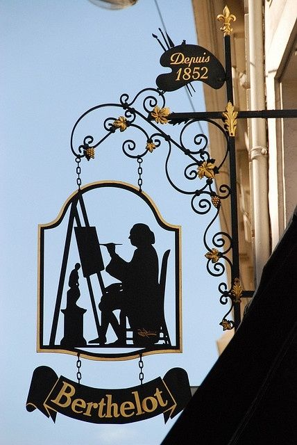 Art shop sign, Paris France. Our tips for things to do in Paris…