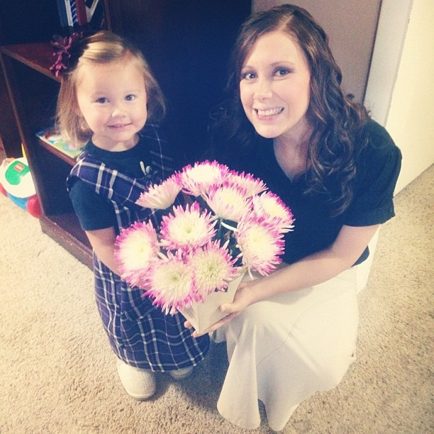 Photo: Anna and Mackynzie Duggar