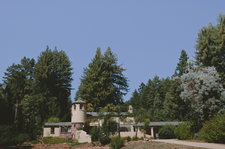43 best coastal redwood garden wedding day images on for Castle wedding venues california