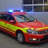 KdoW der Feuerwehr Bad Homburg mit Vollfolierung