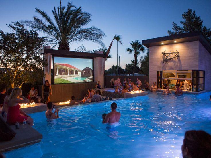 12 verrückte Outdoor-Extras im Las Vegas Home der Property Brothers