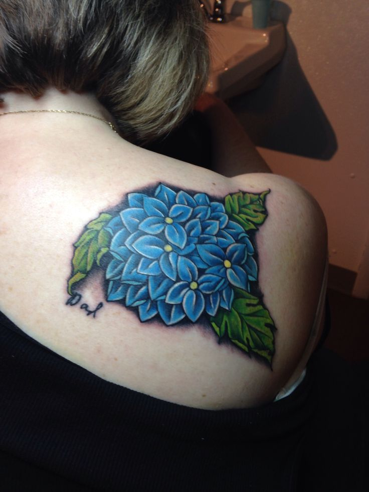 Horseshoe Tattoo in Milwaukee, WI. Tattoo by the talented artist Jason Stedman. Hydrangea tattoo with my Dad's signature.