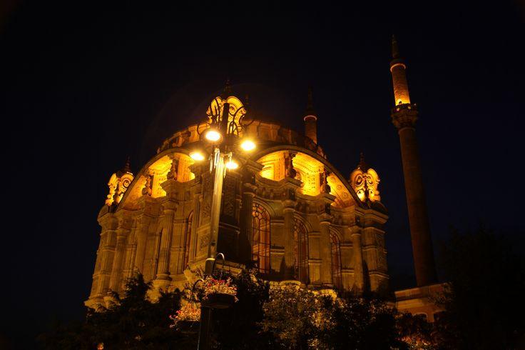Ortaköy Mosque by Guliz on 500px