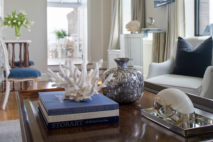 31 best dressing up your coffee table images on pinterest for Dressing a coffee table