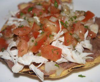 Cenas Rápidas: Tostadas Mexicanas de Pollo
