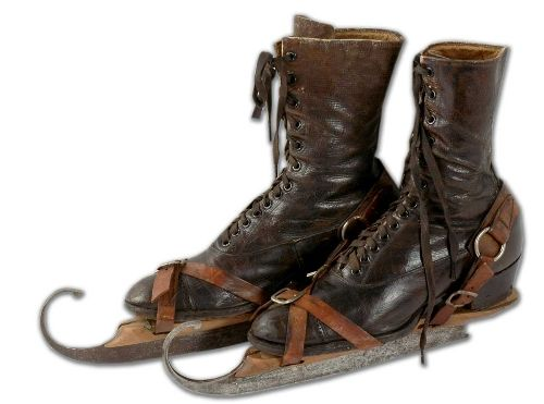 Cress wears skates like these when she visits Clemenson.