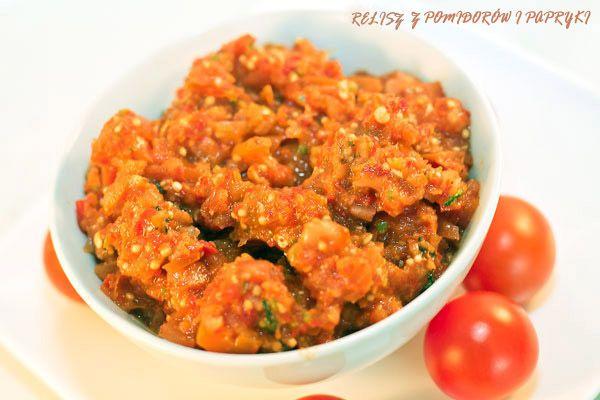 relish z pomidorów i pieczonej papryki