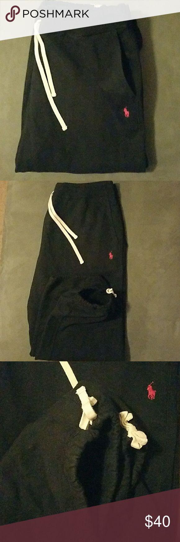 Polo Ralph Lauren Black Sweatpants Big & Tall 2XB Polo by Ralph Lauren Joggers Waistband drawstring  Leg opening elastic with drawstring Black with small red pony Big & tall Size 3XB Pre-owned an excellent condition with no damage or fly whatsoever. Polo by Ralph Lauren Pants Sweatpants & Joggers