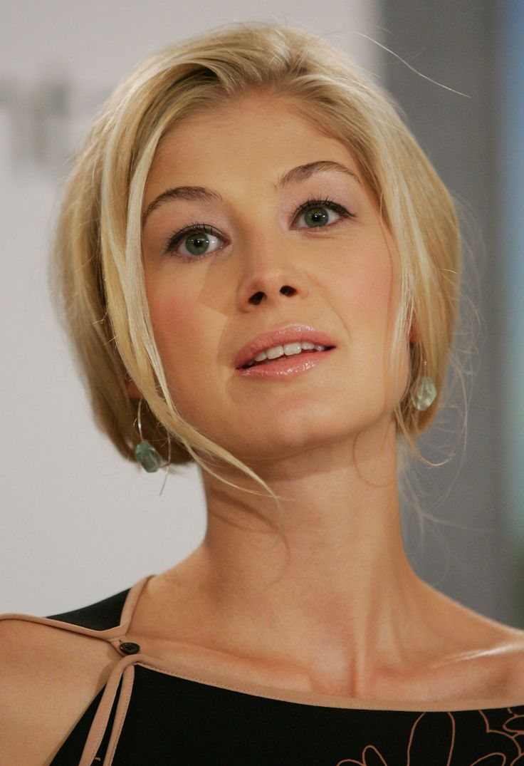 25 Best Ideas About Rosamund Pike On Pinterest Rosamond