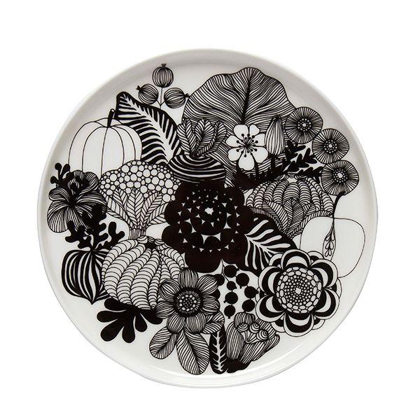 Marimekon pyöreää Siirtolapuutarha-lautasta somistaa Maija Louekarin hyväntuulinen, kesän kukkaloistoa kuvaava kuosi. Oiva-sarjaan kuuluvan kulhon on suunnitellut Sami Ruotsalainen, ja se kestää konepesua, pakastusta sekä kuumennuksen uunissa ja mikroaaltouunissa.