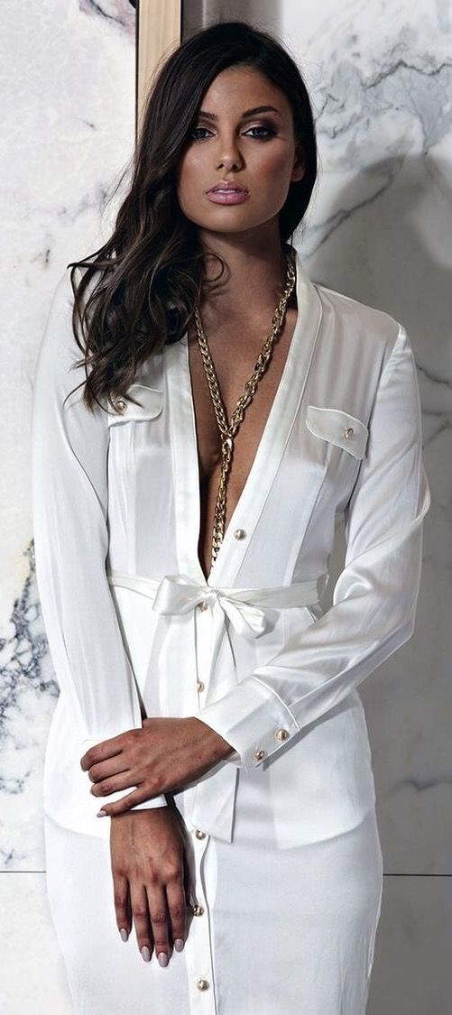 Just a pretty style | Latest fashion trends: Chic look | White button up shirt dress
