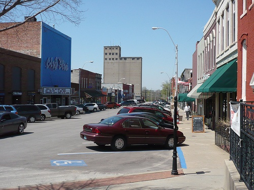 Warrensburg... Good old pine street! Some of the best and worst moments of my life!!!