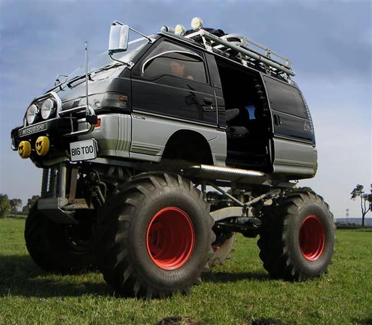 Super lifted Delica Mitsubishi motors, Monster trucks, Vans