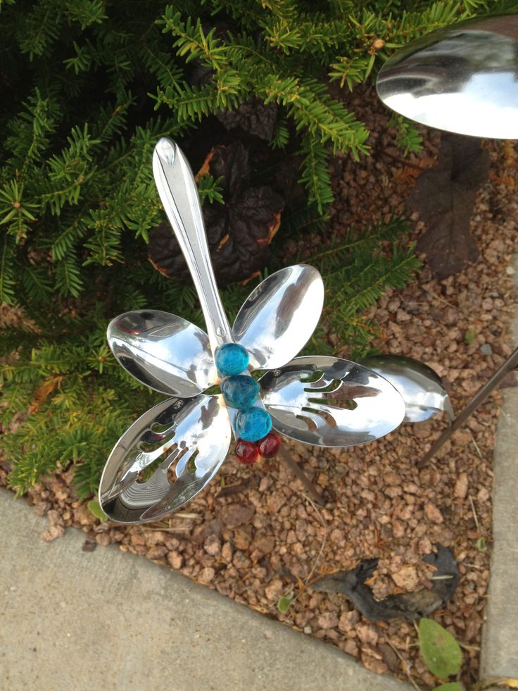 17 of 2017 39 s best dragonfly yard art ideas on pinterest for Decoration jardin metal