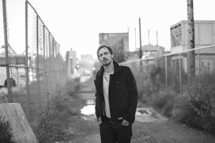 Фотографии Adam Gontier | Адам Гонтье | 4 альбома