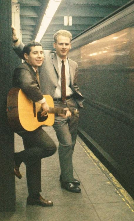 Musicians & travelin' trains...#RollModels Simon and Garfunkel #DestinationEducation #FolkTrail