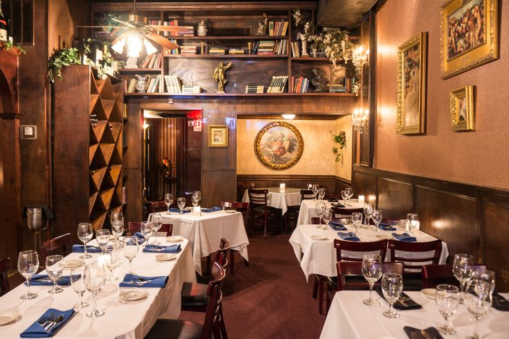 """25 Classic Restaurants Every Dallasite Should Try - St. Martin's Wine Bistro """"It touts itself as being """"the most romantic restaurant in Dallas,"""" and given the grand piano, the cozy little nooks, and the grand back room replete with ornate art and a fabulous chandelier, it's easy to see why."""" - brunch looks amazing!"""