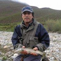 Pesca, montajes de moscas y ríos