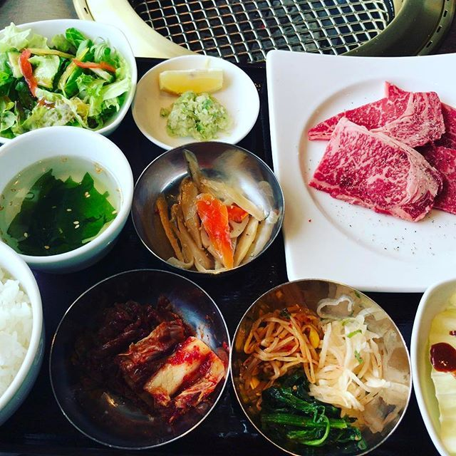 #焼肉  #京都 #Kyoto  #天壇 #天壇ランチ  #天壇ロース #肉  #beef #野菜 #キムチ #ナムル #スープ  #わかめスープ 見えてへんけど、#焼野菜  もあるよ!! #焼き肉