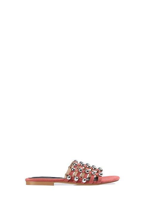 Cette sandale blush possède une semelle plate. Les doigts de pied sont recouverts par un joli quadrillage à motifs très régulier, créant un effet sophistiqué avec des finitions métalliques. Un ensemble bi-matière très réussi, avec talon libre. C'est une sandale confortable à porter à la belle saison pour agrémenter vos robes et pantalons aux teintes flashy !