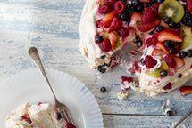 Pavlova a dessert in New Zealand and Australia