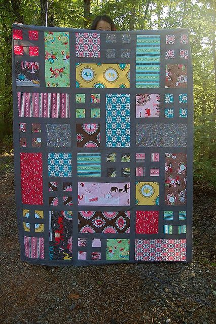 Taking Turns quilt top made by kimizaki, via Flickr