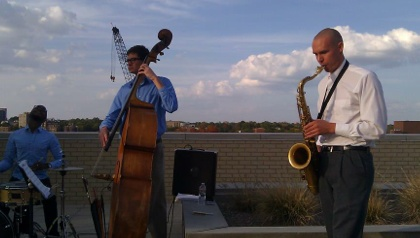 Erik Blume, Saxophonist.    www.erikblumemusic.com