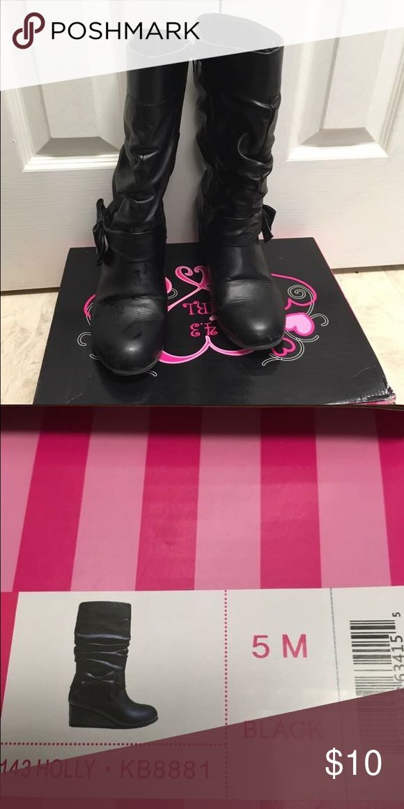 Girl wedge boots size M 5 Bought from Stage Store, hardly worn. Will ship with an original box. 143 Girl Shoes Boots