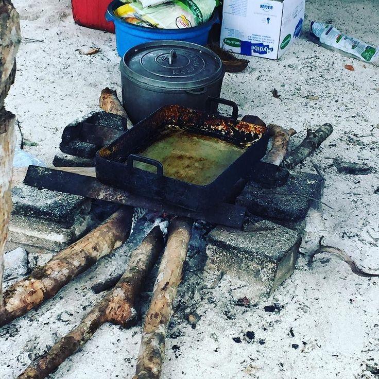 How's that for a deep fryer?  #chef #cheflife #chefstalk #chefsdoitbetter #truecooks #truecooksaustralia #bondi #idrb #livelovebondi #sydneyeats #restaurantaustralia #urbanlist #australianchef #goodfood #foodstarz  #cheflifemagazine #theaureview #broadsheet #fourmagazine #theartofplating #industry #jointheindustry #culinary #unitedbyfood #makeitdelicious #foodmanagementmagazine #yougottaeatthis #YGET by little.nikki.jay