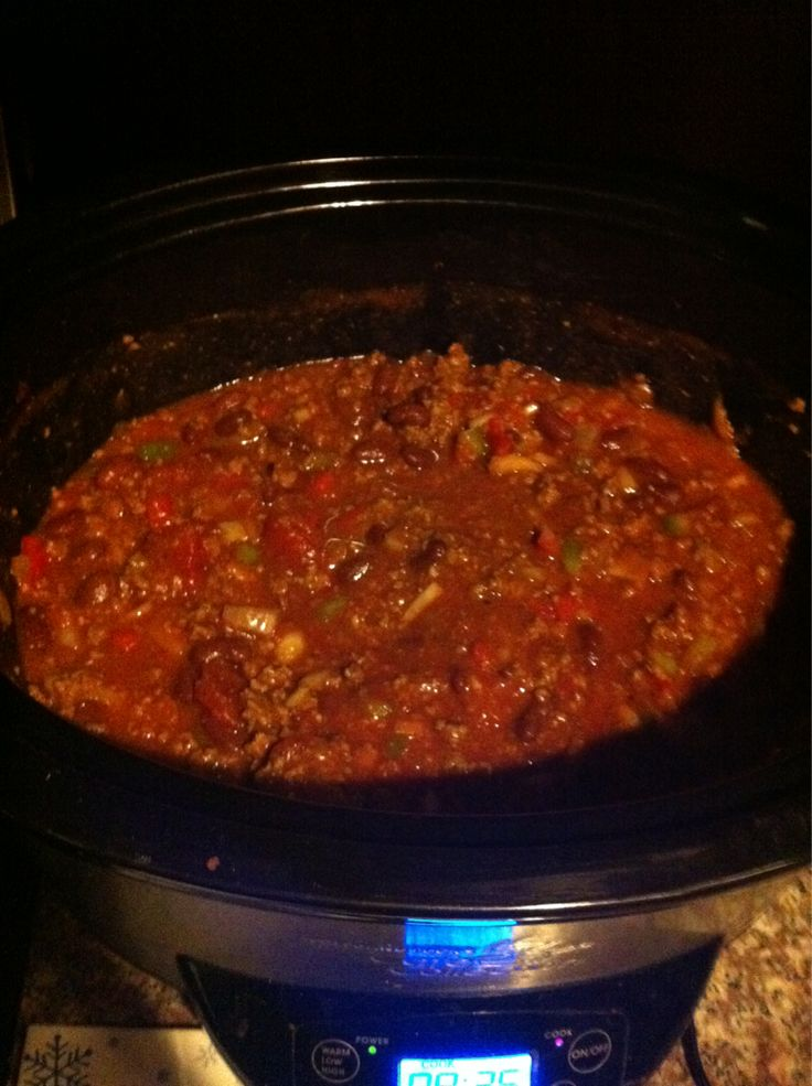Chilli 2 pounds ground beef 16 ounce can kidney...