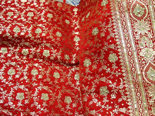 Banarasi Silk - Varanasi's Brilliant Brocade - TheBigFatIndianWedding.