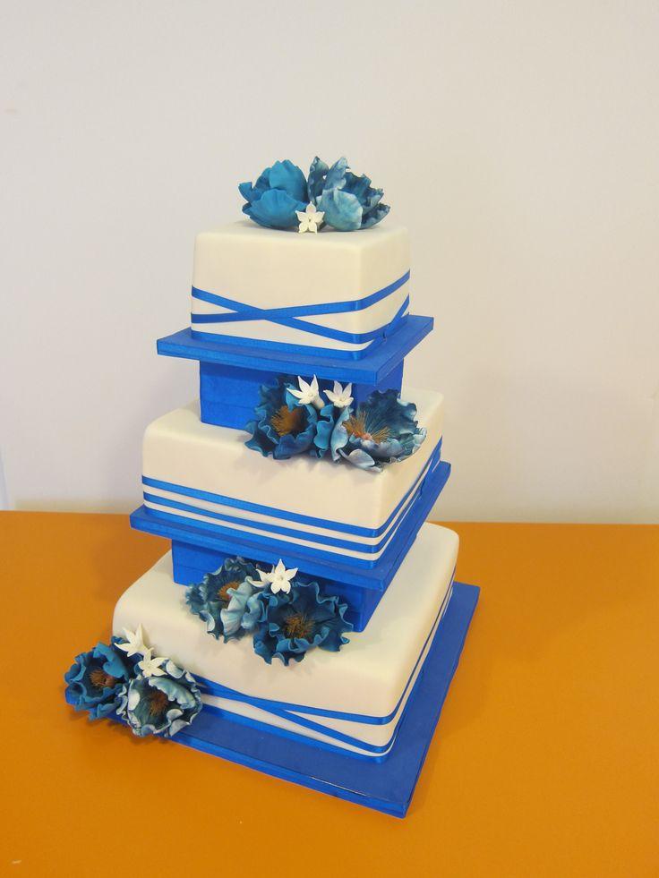 Tarta boda azul