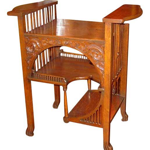 Unusual quarter sawn oak center parlor table - 80 Best Antique Quarter Sawn Oak Furniture Images On Pinterest
