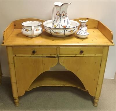 Lot 361 – Unusual Victorian Pine Wash Stand – Auction of Antiques and Fine Art 17 Feb 2014