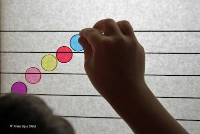Music theory on the light box.: Learning Plays, Music Note, Lightbox, Lights Tables, Families Music, Kindergarten Curriculum, Kids Families, Kids Music, Lights Boxes