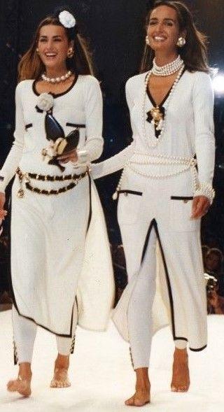 Chanel Vintage Fashion Show & More Details