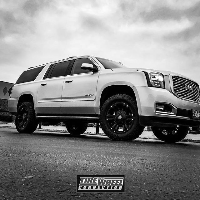 2018 Gmc Yukon Xl Denali 2 Readylift 20x9 Xd Monsters And 33 Toyotires At2 Www Twconnection Com Come See Us We Can Tak Gmc Yukon Gmc Yukon Xl Gmc Denali