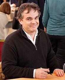 Alexandre Jardin, né le 14 avril 1965 à Neuilly-sur-Seine, est un écrivain, cinéaste et pamphlétaire français. Fondateur en 2015 du mouvement citoyen Bleu Blanc Zèbre