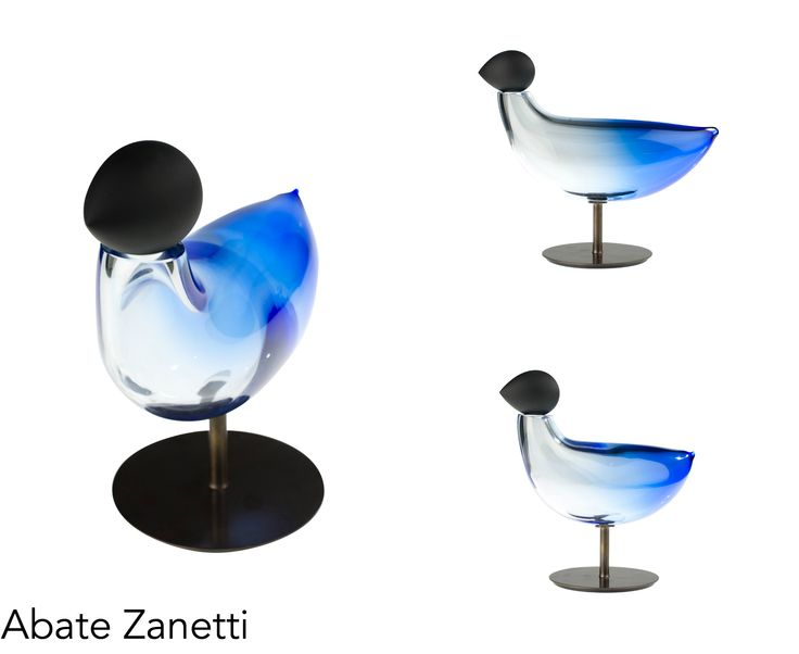 How good would this look in the living room? :) Abate Zanetti gives you the best home decor ideas, for more check us out on the following link! http://www.abatezanettimurano.com/en/water-glass-collection/tortora-dei-casoni-blue.html?___SID=U