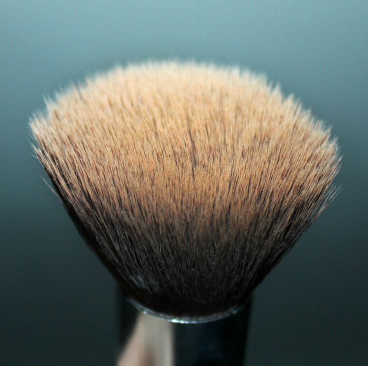 how to clean younique foundation brush