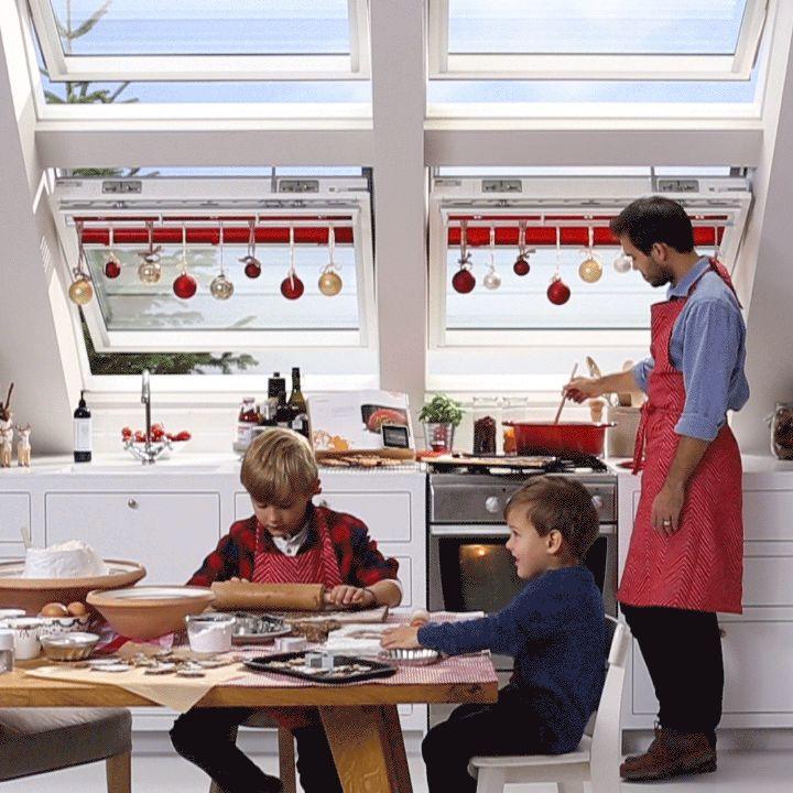 Hacer todas las delicias navideñas especiales divertido! Mantené el amor dentro y el vapor fuera de su cocina mientras cocinas para las fiestas, acá algunos consejos para #ventilacion #hogaressaludables: http://www.velux.com/products/be_inspired/get_a_healthy_home
