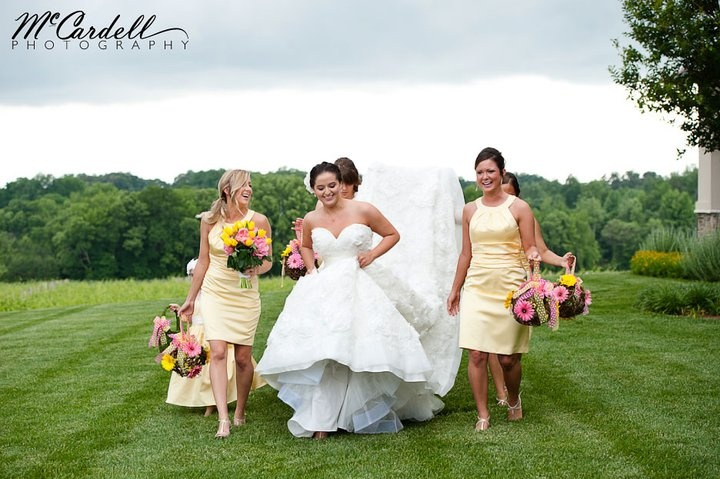 Again, beautiful photography for this beautiful wedding party -- McCardell made our flowers look extra fabulous also!