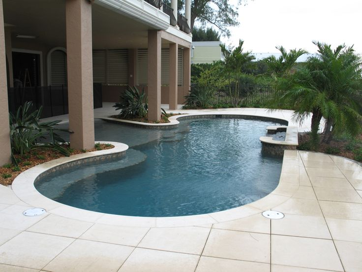 Best 25 zero entry pool ideas on pinterest beach entry for Residential swimming pool