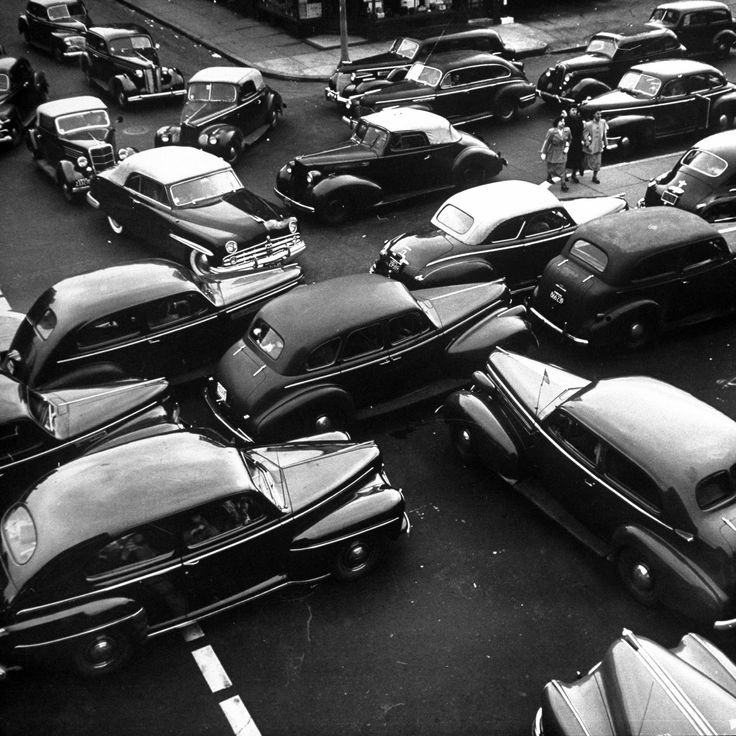 Traffic jam in New York City on Memorial Day Weekend, 1949