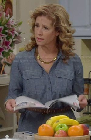 Vanessa's blue chambray shirtdress on Last Man Standing.  Outfit Details: http://wornontv.net/38141/ #LastManStanding