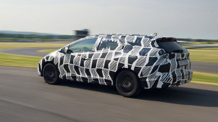 Primera aproximación a la versión familiar del Honda Civic. http://www.autopista.es/novedades-coches/articulo/honda-civic-tourer-compacto-familiar-95530