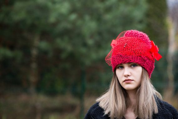 Women's Hat Winter red Women Hat Slouchy by Isabellwoolstudio, #redhat, #redbeanie
