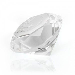Piękny mały kryształ ze srebrnym motywem na Chrzest - wspaniała Pamiątka.